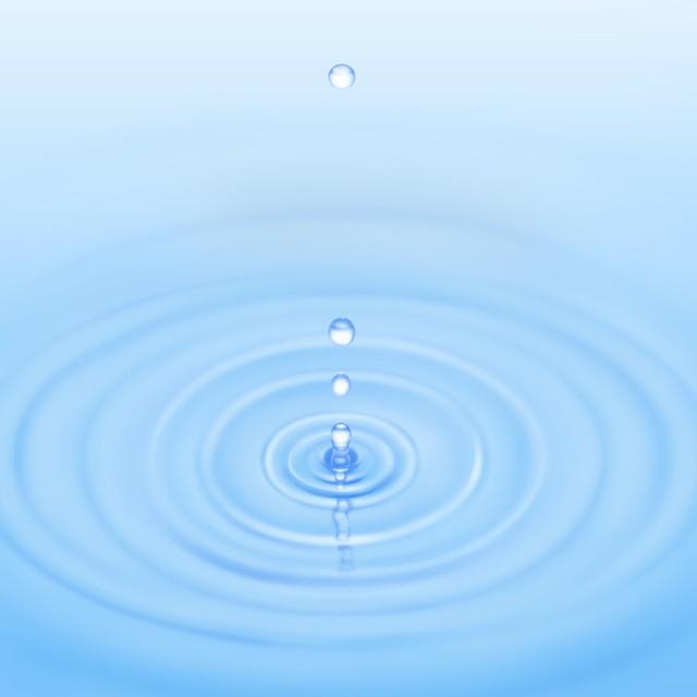 水滴が落ちて波紋が広がる水面背景jpg 無料イラスト素材素材ラボ